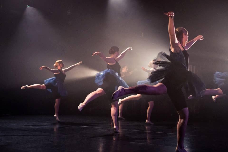 ballerinas2.jpg