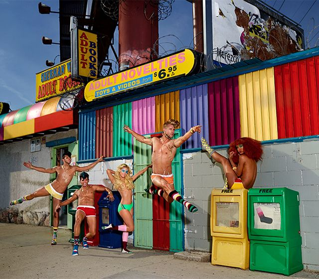 Happy-Socks-by-David-LaChapelle-5.jpg