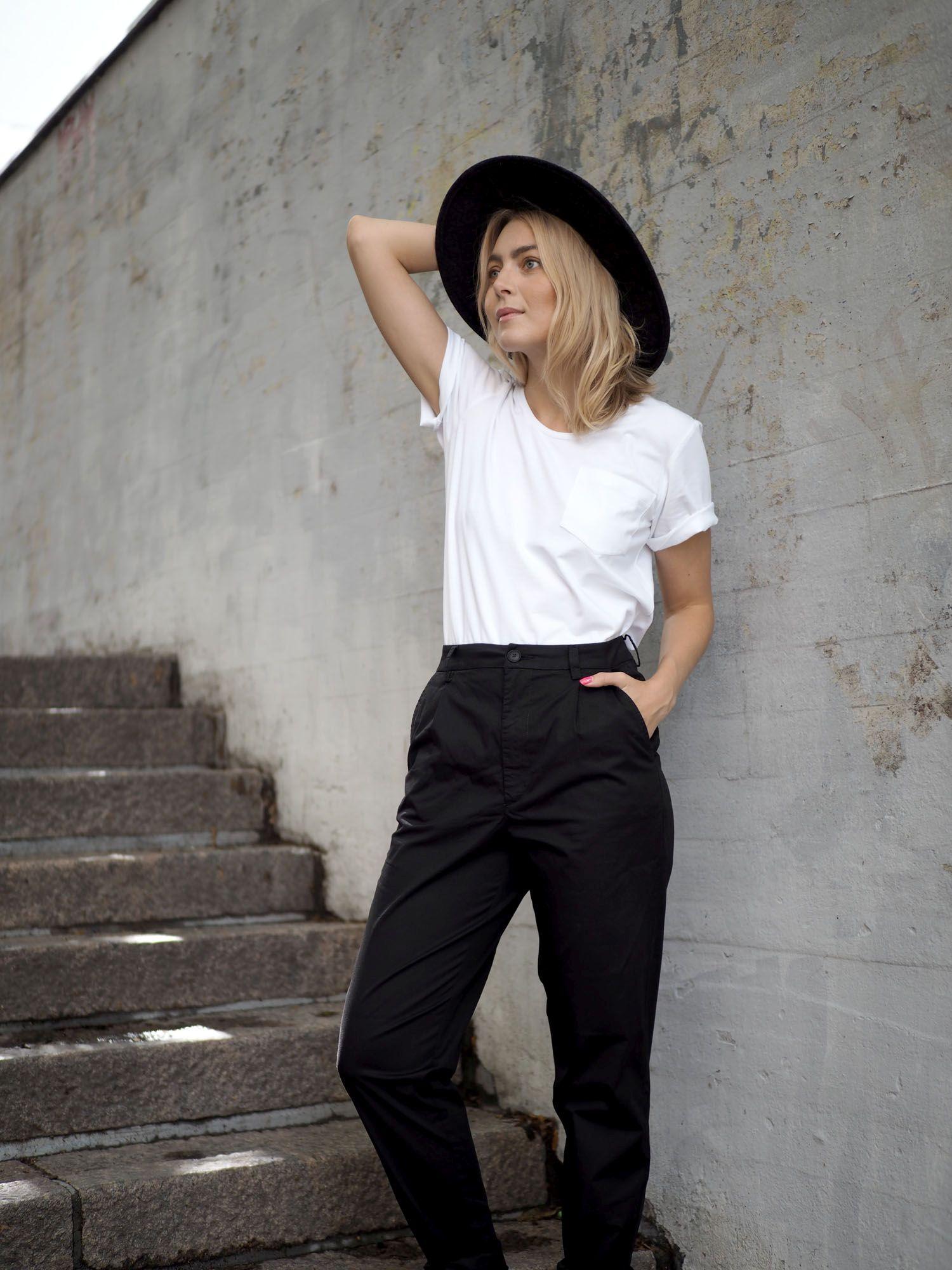 Vaatekaapin kulmakivet  Mistä löytää täydellinen valkoinen t-paita ... f4feb0b519