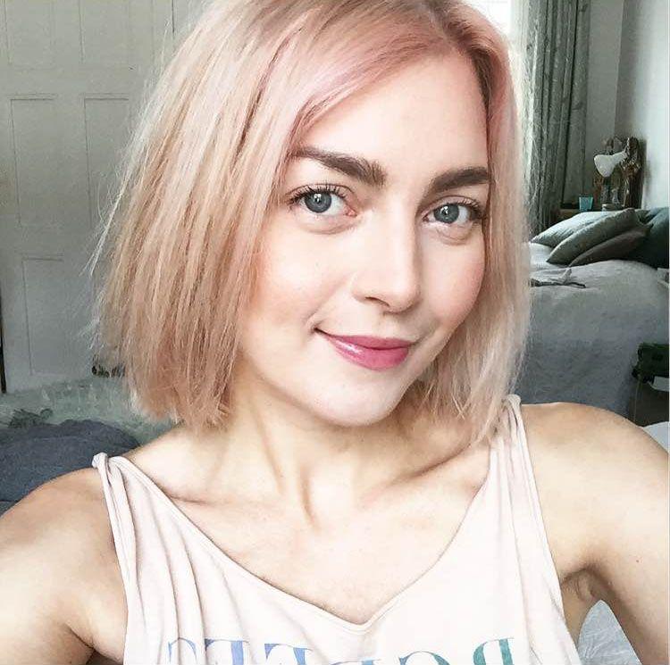 vaaleanpunaiset-hiukset2.jpg